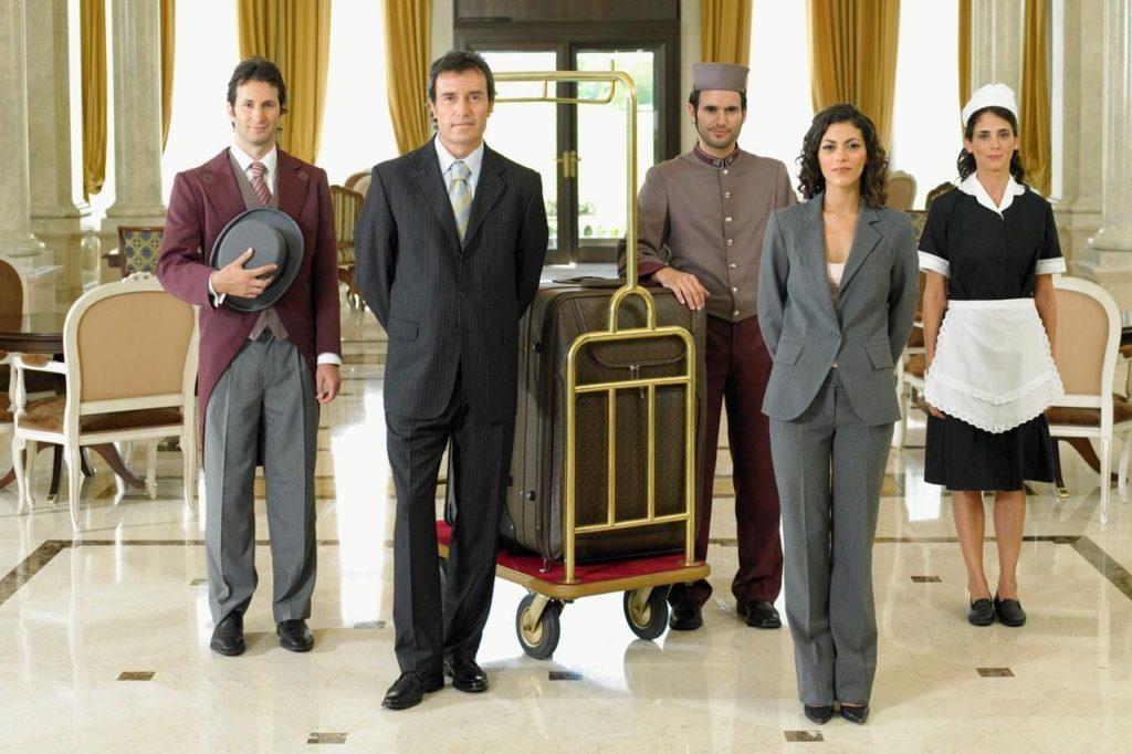 hotel_workers_200537514-001-56b08cd65f9b58b7d023ff26